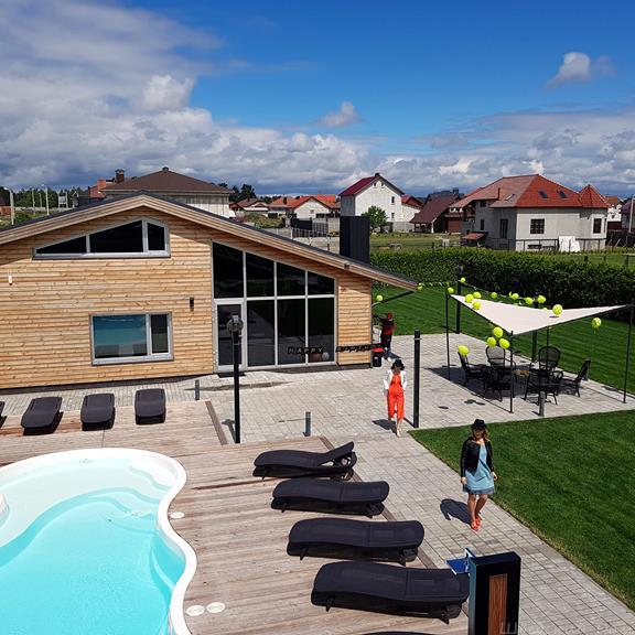 Летний бассейн | Шведский Дом Гомель