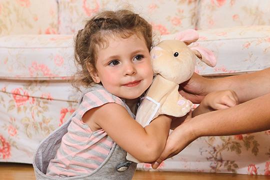 Ребёнок умеет сопереживать, может поставить себя на место другого человека