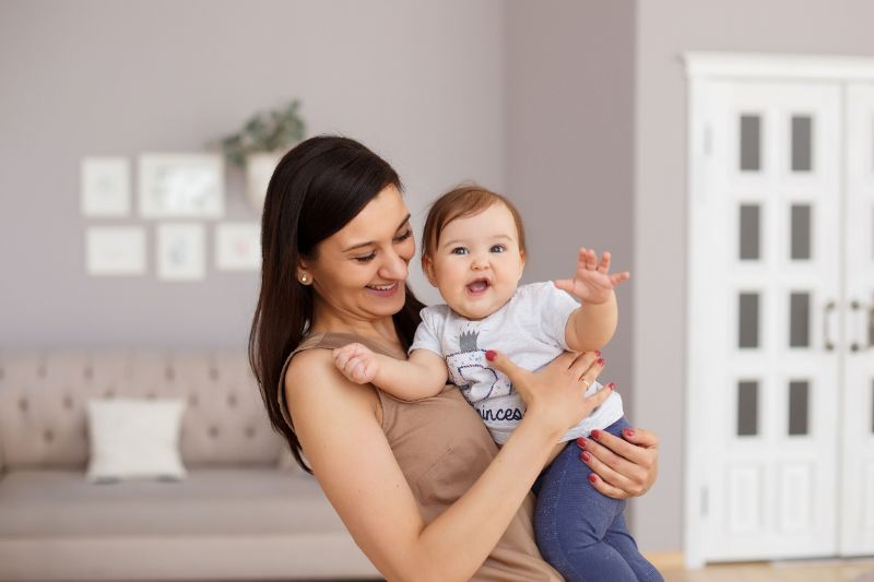 Что выбрать в подарок новорожденному