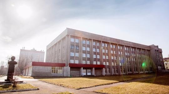Что посмотреть в Мозыре - Сквер Университета